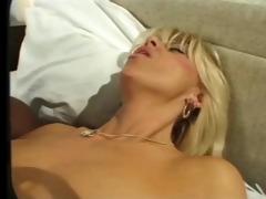 hawt blonde mother i &; bbc
