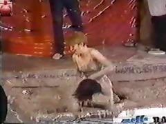 titanic toni kessering mud-wrestling - 6350s