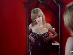 marianne faithful stripped - the angel on a