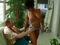 holly body: bend over its going in fast
