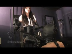 goddess enjoys classic boot worship from gimp