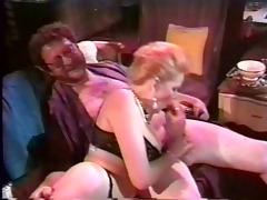 curvy lady perverted tugjob